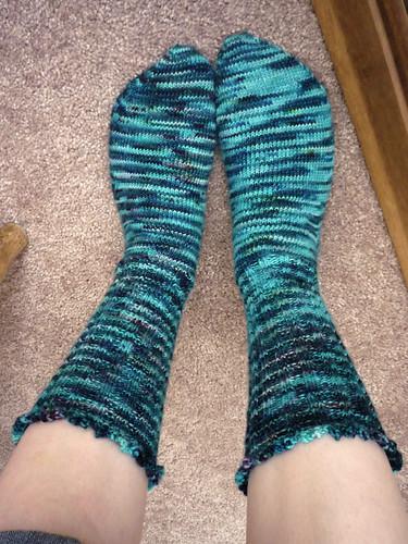 blue wool socks knitting merino yarn variegated fraternaltwin