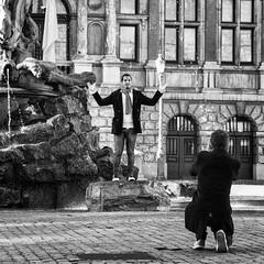 photoshoot (Gerard Koopen) Tags: bw photoshoot belgium belgie streetphotography antwerp antwerpen 2012 straatfotografie