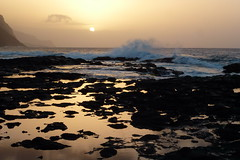 Atlantic Sunset (Alan1954) Tags: africa sunset sea holiday wave atlantic capeverde santoantao