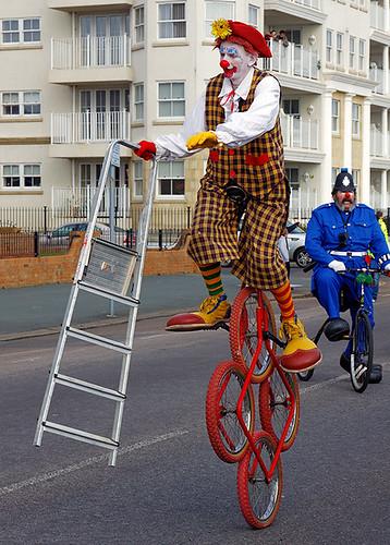 Rainbow and PC Eek, Circus circus, Clowns international