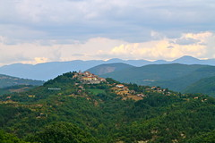 La torre (Daphne135) Tags: lazio italia monte san giovanni sabina montagna rocca torre