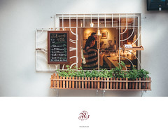 外帶咖啡館 (楚志遠) Tags: nikon sigma 2470mm f28 g 楚志遠 凍先生 咖啡 窗 下午 品蓬