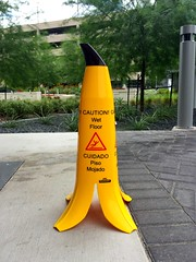 Banana cone (4ELEVEN Images) Tags: cone slippery sign banana