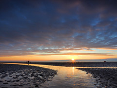 E (Steve Farrow Photography) Tags: cleethorpes sunrise humber water beach sand groin pier jetty sea sky clouds colour boat fishing ripples dawn light buoys outdoor sunset