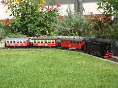 99 7222-5 mit Zug am Haken (Stefan's Gartenbahn) Tags: railroad train cafe cola lgb coca piko thiel hsb schotter gartenbahn mrklin br99 packwagen geschottert 997222 stefansgartenbahn gartenbahnbau