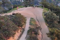 On the ledge at Griffith Park (El Trinidad) Tags: california usa landscape losangeles nikon scenery scenic griffithpark sceneries d300s sigma150500mmf563dgoshsm nikond300s eltrinidad