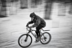 Snow Cyclist (trekok, enjoying) Tags: snow mt cyclist royal m qc 2213
