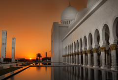 Abu Dhabi Sheikh Zayed Grand Mosque (Simone Gramegna) Tags: sunset nikon tramonto grand mosque zayed abu dhabi sheikh d800 moschea