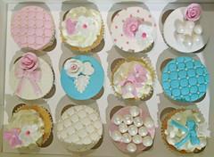 Vintage Cupcakes 2