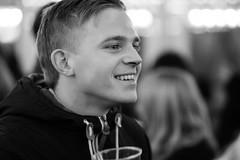 Good, good, good, good vibrations - Explored (Ray Zandvoort!) Tags: street uk portrait england london photography unitedkingdom good candid 85mm hydepark londoncity winterwonderland hydeparkcorner goodvibrations canonef85mm rayzandvoort division67 ray