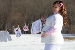 Pregnancy (Adriana Duque Photographer) Tags: family snow background pregnancy maternity moms babygirl views newborn curlyhair embarazo expectation fullofgrace littlebabies whitecolors babeclothes