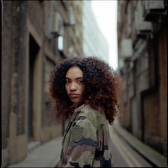 Street of London (kenny ip) Tags: street portrait london 120 6x6 film mediumformat kodak hasselblad audrey portra carlzeiss 501cm portra400 80mmf28 planart kennyip