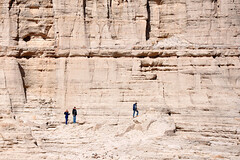 Plaza Blanca Visitors (Larry1732) Tags: newmexico nm abiquiu georgiaokeeffe plazablanca lamsa whiteplace cowboysandaliens