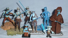 Aayla Secura Figures Through the Years (Darth Ray) Tags: vintage lego hologram hero years heroes wars through clone figures galactic holo secura aayla vinatage