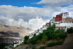 Thiksay monastery, Ladakh (Josh Niederauer) Tags: mountains religion clouds architecture buddhism buddha himalayas adventure 28 traditional tibetan 70200 himalayan gompa ladakhi tikse tiksey travel nikon india d800 jammu ladakh kashmir monastery leh vrii indusvalley thiksey thiksay ngc