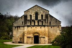 Abbey of Fontenay (Thelma Gatuzzo) Tags: france printemps travel thelmagatuzzophotography gardens frana turism europe 2013 primavera abbeyoffontenay abbey cistern