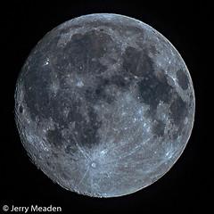 August Sturgeon Moon (Sworldguy) Tags: moon waxinggibbous supermoon round fullmoon zoom nikon d7000 august night nightime manualfocus 300mm sturgeon cornmoon lunar