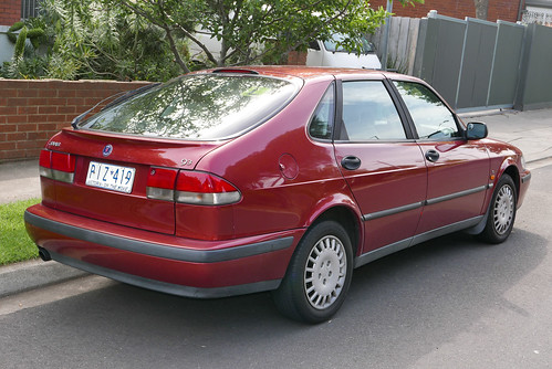 1998 Saab 9-3 S 2.0t 5-door hatchback