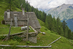An house with a view (Marco MCMLXXVI) Tags: none valle anzasca ossola piemonte italy alps alpi mountain montagna hiking escursionismo trail sentiero building chalet baita casa landscape outdoor travel view panorama cloudy summer meadows grassland mountainside forest trees