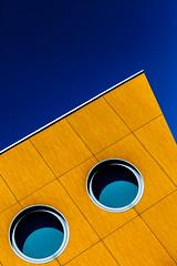 Mr School (Jacadit) Tags: architecture canon sky summer orange lines perspective art
