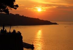 Sunset , Sorrento, Italy (robin denton) Tags: sunset silhouette sorrento italia italy seascape sea bayofnaples coast coastline tyrrheniansea