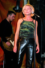 nina_persson01 (gitblp) Tags: leather leder cuir cuero pants trousers jeans sexy shiny nina persson the cardigans