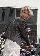 Cyclists in Copenhagen 021 (Row 17) Tags: denmark copenhagen city urban people women woman streetlife streetscene street streets streetfashion cyclist