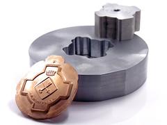 Matríz de corte (www.omellagrabados.com) Tags: matriz estampación corte metal gravures grabados troquel medalla medal médaille stamping cut cooper cobre