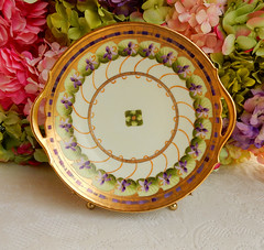 Pickard Porcelain Hand Painted Serving Plate ~ Lavender Flowers ~ Gold (Donna's Collectables) Tags: pickard porcelain hand painted serving plate ~ lavender flowers gold thanksgiving