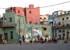 plaza in central havana (alanah.montreal) Tags: havana cuba