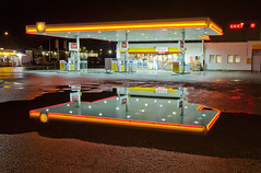Gas station (Anders_3) Tags: urban reflection cars norway night stavanger norge diesel shell gas gasstation carwash neonlights petrol rogaland petrolstation forus bensinstasjon skeidar nikond700 andersharbo forusbeen