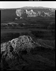 Dead horse  Point I - B&W (vauste06) Tags: usa canyonlands drumscan colorneg calbea49 kodak400tmy2 scanmate11000