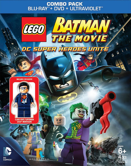 LEGO 蝙蝠俠BD + DVD 將同捆超炫的「克拉克‧肯特」人偶!!!