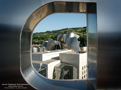 Guggenheim Museum Bilbao (The Autodidact Photographer) Tags: season photography hotel photo spring spain europa europe foto seasons minolta artgallery time gear bilbao equipment april tid continent espagne bizkaia euskadi vizcaya kamera bilbo basquecountry spanien baskenland utstyr spania paysbasque fotografering biscay dimage7hi abando kontinent guggenheimmuseumbilbao commercialbuildings biscaye granhoteldominebilbao ghdb baskerland espaa leisurebuildings pasvasco vr rstider forretningsbygg rstid kommersiellbygning nringsbygg