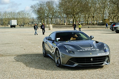 Superlative Meeting (2KP) Tags: auto france cars car de place bordeaux ferrari des autos supercar palau voitures supercars f12 traverse aquitaine quinconces 2013