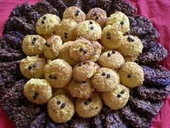 DSCN8085 (RRT:D*:D*) Tags: italy food cookies sweet coconut chocolate almonds cibo cioccolato chocolat biscotti cocco mandorle rrtdd