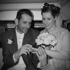(HappySnapper_1) Tags: smile groom bride posie bridalcouple