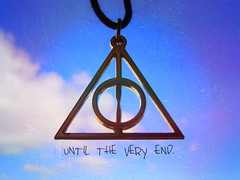 Until the very end. (Mi rutina preferida.) Tags: de la very harrypotter muerte cielo end until nube hallows colgante reliquias deathly