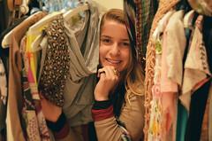 Dia 78 - Ana L com paz e amor. (M.Arboit) Tags: smile fashion 365 dias sorrindo marboit