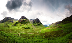 Glen Coe Panorama (Philipp Klinger Photography) Tags: road uk greatbritain light shadow sky panorama cloud sun sunlight 3 storm mountains fern green nature grass clouds sisters river dark way landscape scotland highlands nikon europa europe cloudy unitedkingdom britain hiking path pano united hill great dramatic scottish kingdom stormy hike glen hills highland valley gb threesisters glencoe scotch loch drama philipp farn coe schottland 3sisters d800 klinger achtriochtan dcdead lochachtriochtan nikond800