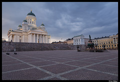 Evening in Helsinki (Dan Wiklund) Tags: longexposure church suomi finland square evening helsinki cityscape cathedral christian d200 protestant 2010 senaatintori tuomiokirkko senatesquare storkyrkan domkyrkan suurkirkko senatstorget blurhour helsingforg