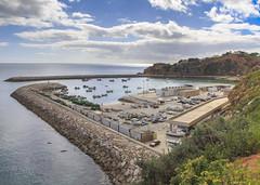 Albufeira Harbour (Hans van der Boom) Tags: europe portugal algarve vacation holiday albufeira harbour boats many pier sea pt