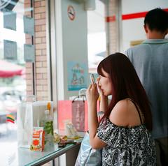 95580002 (Renton Chen) Tags: rolleiflex28c rollei tlr taiwan travel hualien film fujifilm fujipro160ns 160ns 120film 120      rolleiflex
