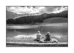 pcher  deux (Hlne Baudart) Tags: pche montagne noir et blanc