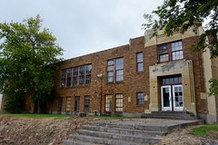 Abandoned school, Streeter, North Dakota (Blake Gumprecht) Tags: stutsmancounty northdakota streeter abandoned school