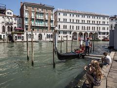 The gondolier (lars_uhlig) Tags: 2016 city italia italien itlay stadt venedig venezia venice gondolier gondoliere gondel gondola canalegrande canale