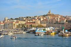 Marseille Vieux Port (Pantchoa) Tags: marseille france vieuxport bateaux phare notredamedelagarde eau entreduport paysage nikon d7100 18140 mer mditerrane port abbayesaintvictor faades maisons architecture cte borddemer bonnemre