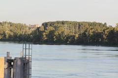 Sunset on rhone river ([insta :@provence_rhone_ventoux]) Tags: provence vaucluse rhone viarhona chateauneufdupape caderousse river roquemaure castle sunset coucherdesoleil