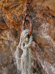 rusty chains (M Lamprinos) Tags: chain rust rusty rock rope