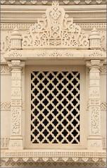 Gavaksha (Mabacam) Tags: 2016 london neasden bapsshriswaminarayanmandir hindu temple placeofworship building architecture marble limestone gavaksha window lattice